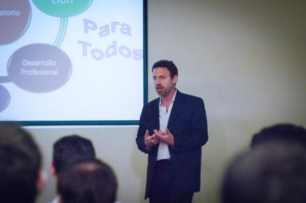 Sergio Surijon, Líder del Laboratorio