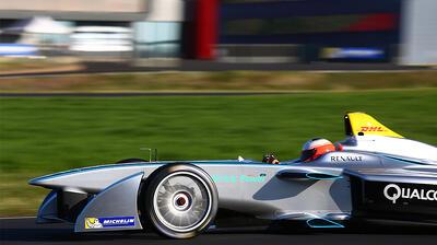 Fórmula E, Sustentabilidad, Autos eléctricos